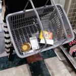 【赤ちゃんと買い物】ベビーカーにあると便利なアイテム紹介!