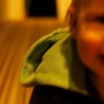 【床や壁に頭をゴンゴン打ち付ける子供】3つの対策方法