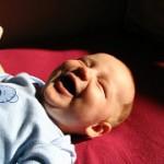 赤ちゃんが喋り始める時期はいつ?喋りながら寝る赤ちゃんもいるよ♪