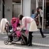 【1歳児】ベビーカーを嫌がる時の5つの対処法~話しかけて興味を持たせる!