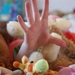 《片付けしない子供に効果的な伝え方~3つの方法》イライラして「捨てる!」なんて言ってませんか