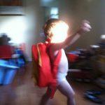 """【1歳~2歳児】オムツ替えを嫌がるときの4つのコツ&""""うんち替え""""のナイスな作戦"""