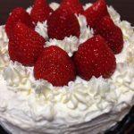 《1歳児のクリスマスケーキ》安心して食べられる手作りレンジケーキで簡単に!