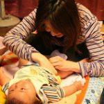 《赤ちゃんのおしっこがオレンジ色》考えられる3つの原因